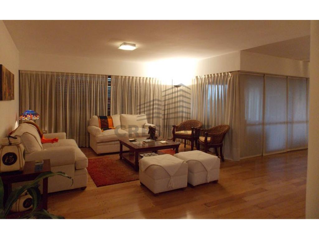 Montevideo y Oroño - Departamento 4 dormitorios a la venta