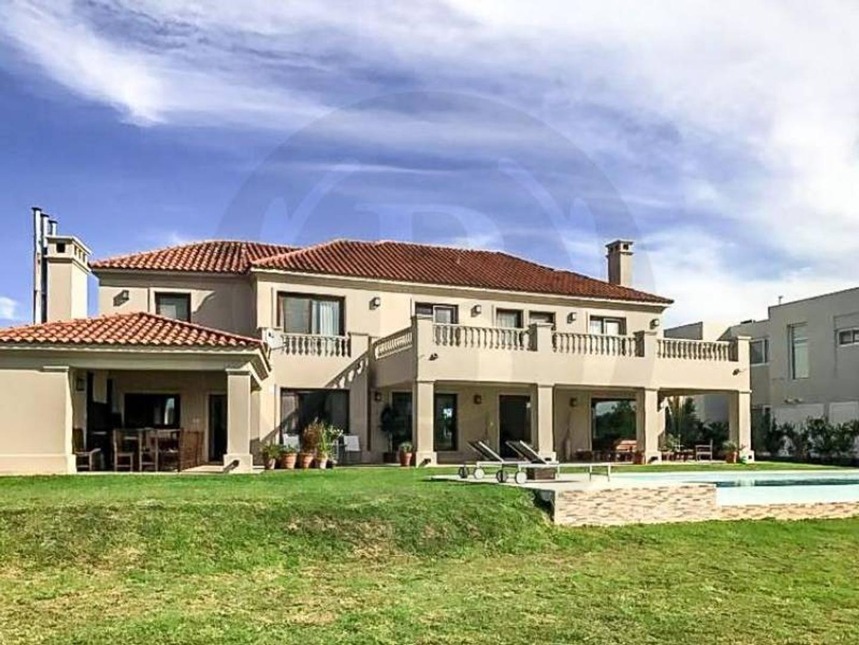 BUSTAMANTE PROPIEDADES - Nordelta El Golf 8057 - Casa - Venta