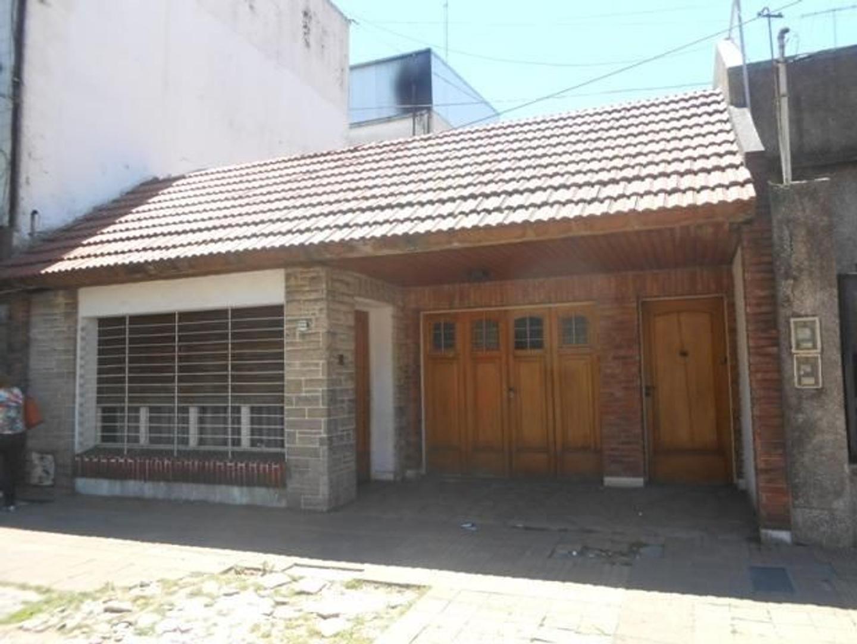 XINTEL(DEF-DEF-379) Casa - Venta - Argentina, Tres de Febrero - SANTA JUANA  AL 3500