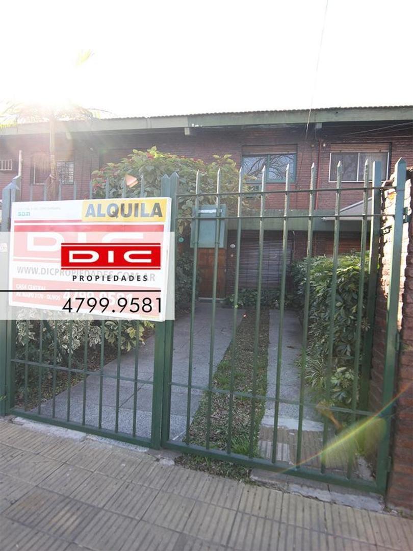 Casa en Alquiler en Olivos Maipu/Uzal - 3 ambientes