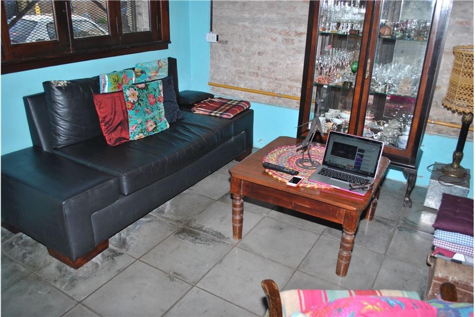 Casa lote propio 7.71x12.1 5 amb, gran terraza