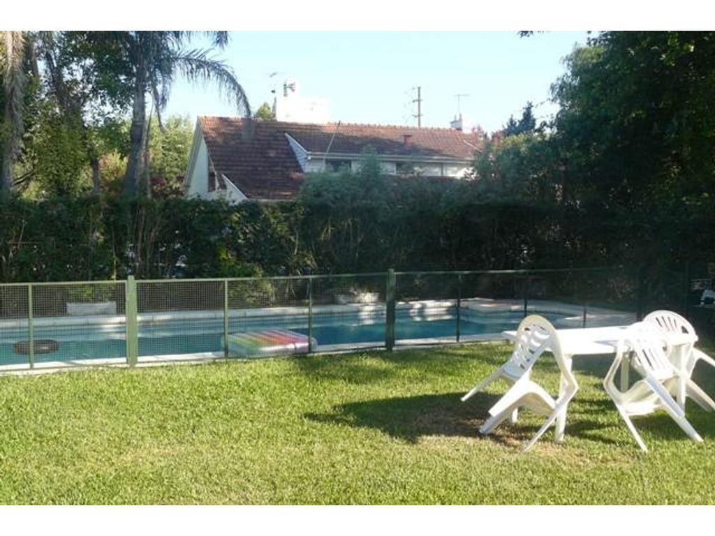 Casa en Alquiler Anual Country Club Banco Provincia. 3 Dormitorios. Cod 188