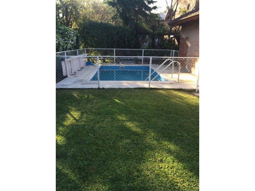 Oportunidad! Casa en Country Venado II, con piscina!