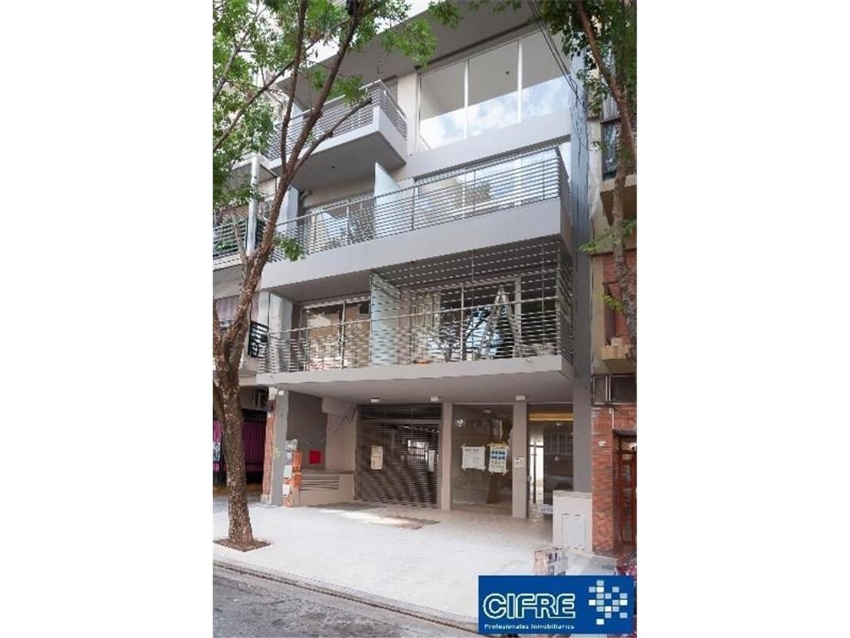 Departamento 2 ambientes en duplex con baño en suite + toilette 1 año antig. (Suc.Urquiza 4521-3333)