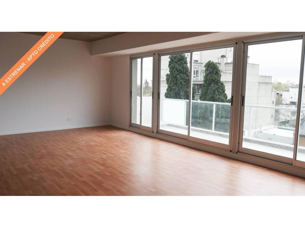 Semipiso 104 metros tipo duplex divisible en 3 ambientes con terraza