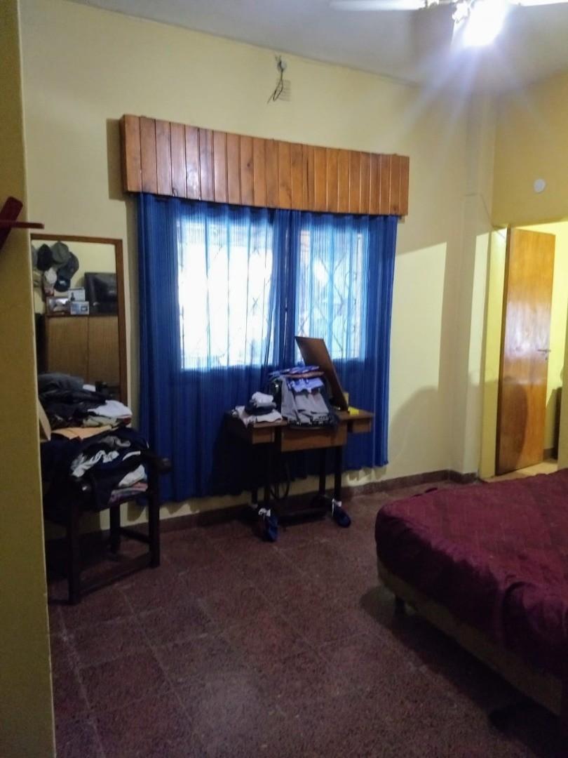 Casa quinta en venta, a 6 cuadras de la estación de paso del rey, con salida a dos calles. - Foto 16