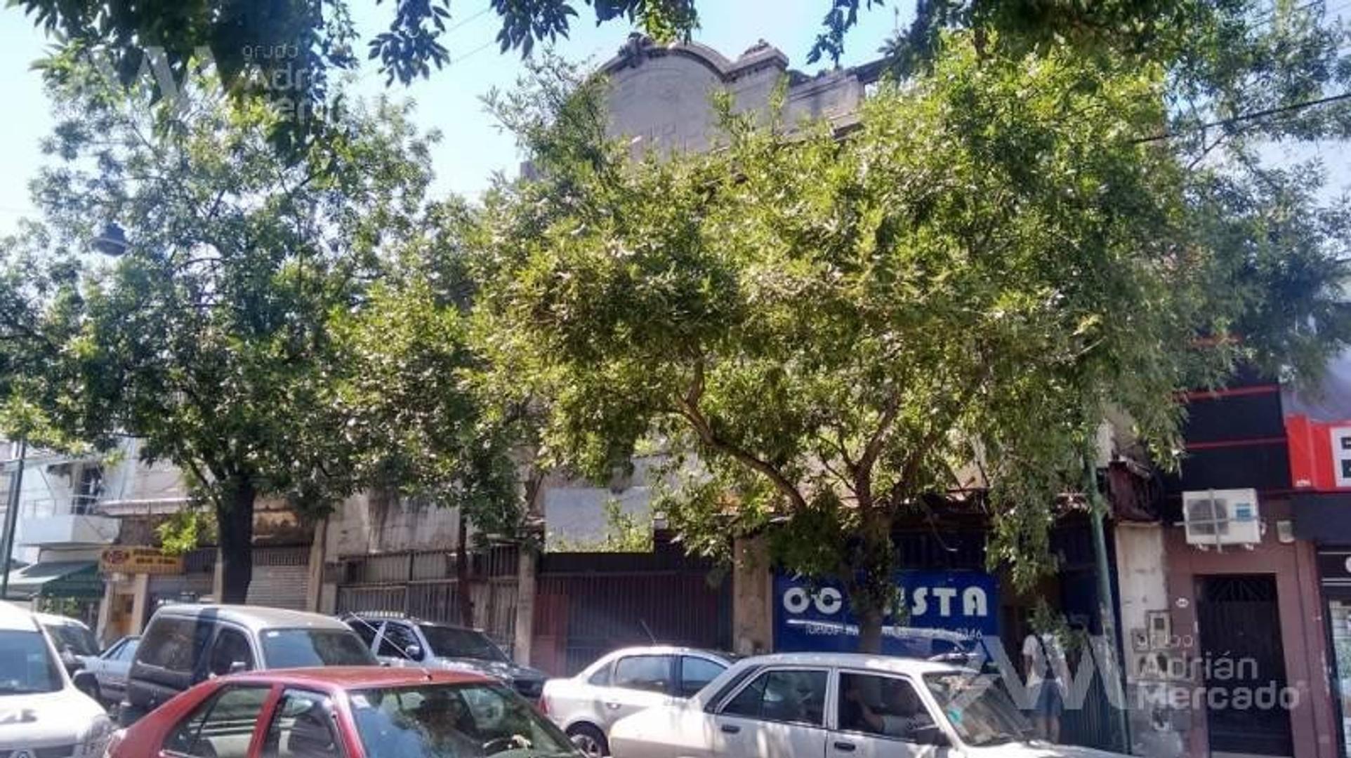 Local Sobre Terreno Propio Ideal para Garaje, Gimnasio, Mercado, etc.   Pompeya