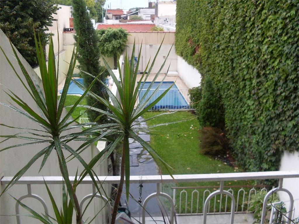 Triplex venta PH jardín pileta Villa Urquiza