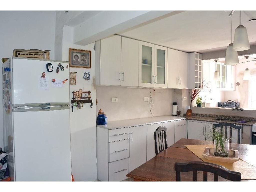Casa de pasillo unica en venta - Apto Credito