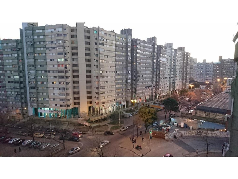 Barrio Gral. Savio 3 Amb. - VENTA