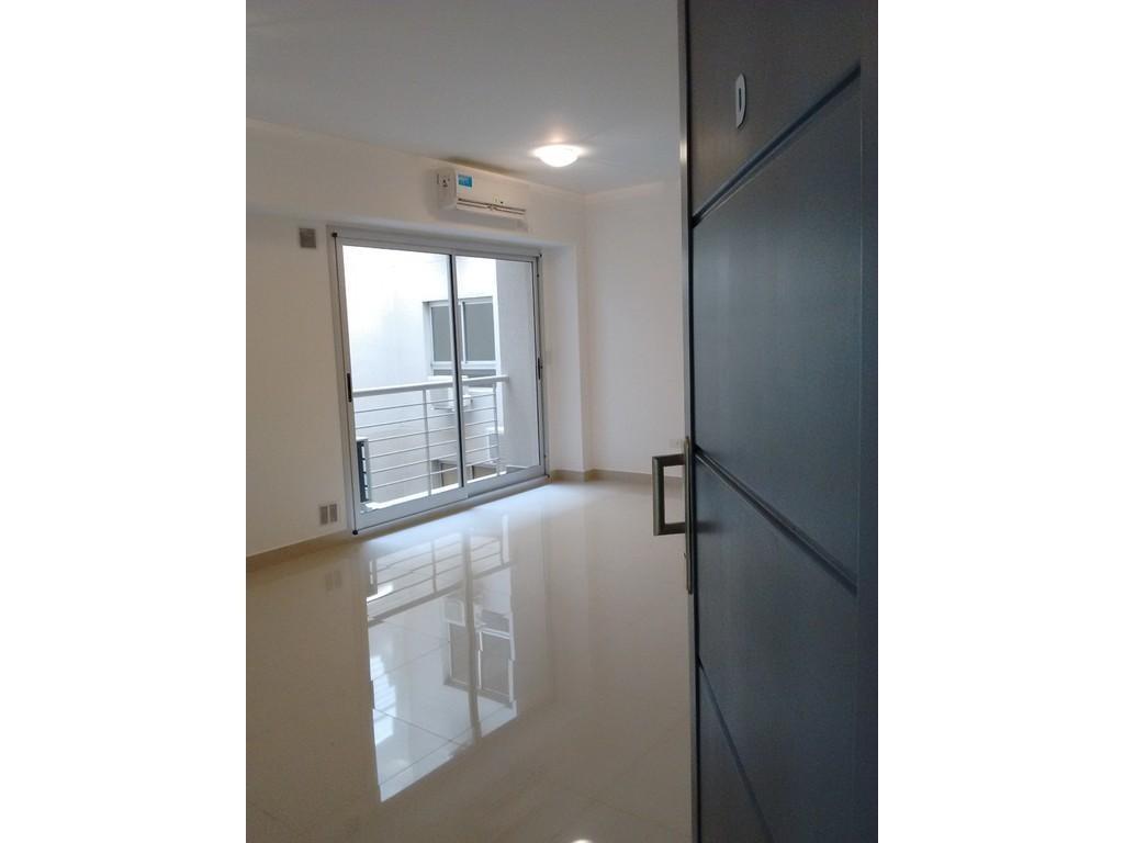 Departamento MONOAMBIENTE de 44 m2 con BALCÓN + Cochera opcional - APTO PROFESIONAL - A estrenar
