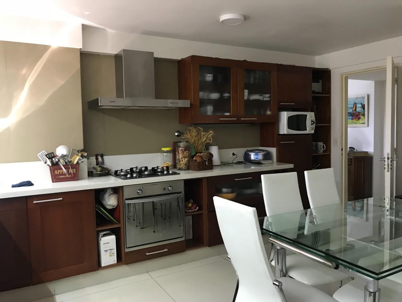 Departamento en Venta en Olivos Vias/Maipu - 4 ambientes