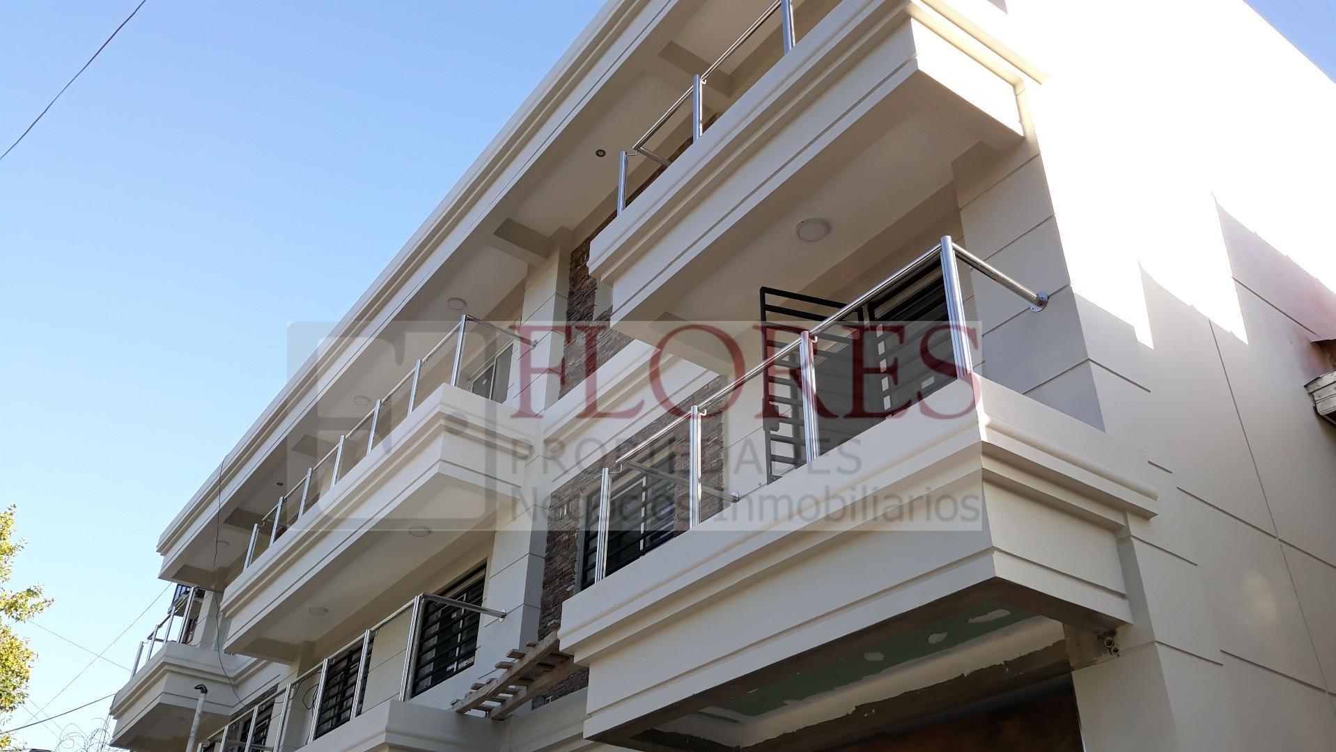 Departamento 2 amb 34.90m2 + PATIO de 13.20m2 u$s78.600- contado  Departamento interno con patio PB