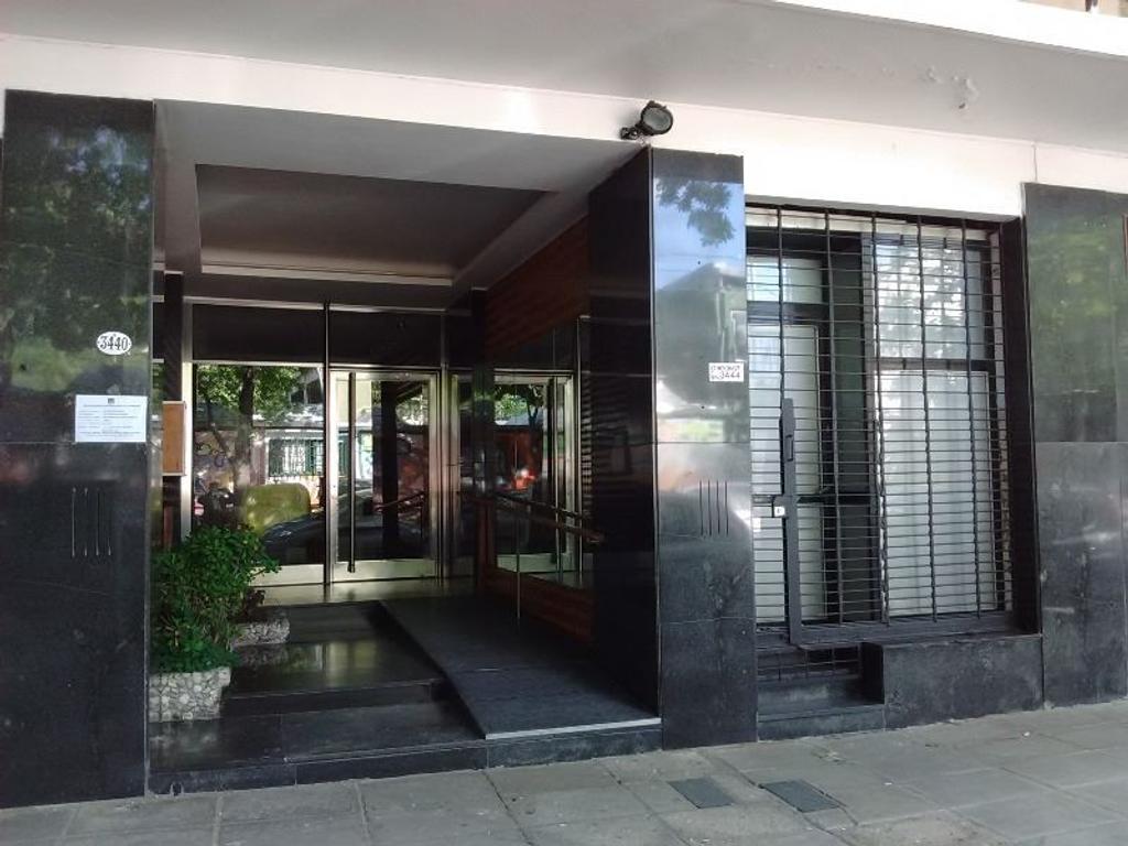 """Local de 30 m2 en O'Higgins 3444, frente a la estación de tren """"Nuñez"""" - BAJAS EXPENSAS ($100)"""
