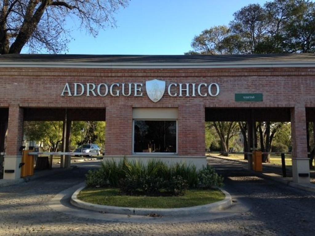 Adrogué Chico Barrio Cerrado