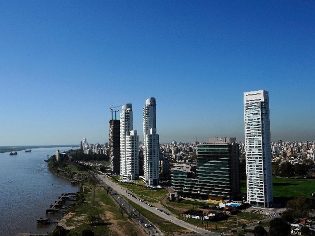 ROSARIO, Centrico terreno, apto construcción, oficinas, cocheras y departamentos