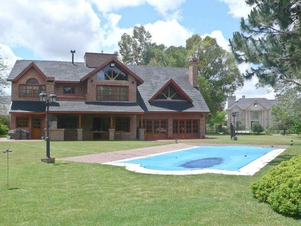 Impecable Casa en Saint Thomas Sur 500m2 cubiertos!