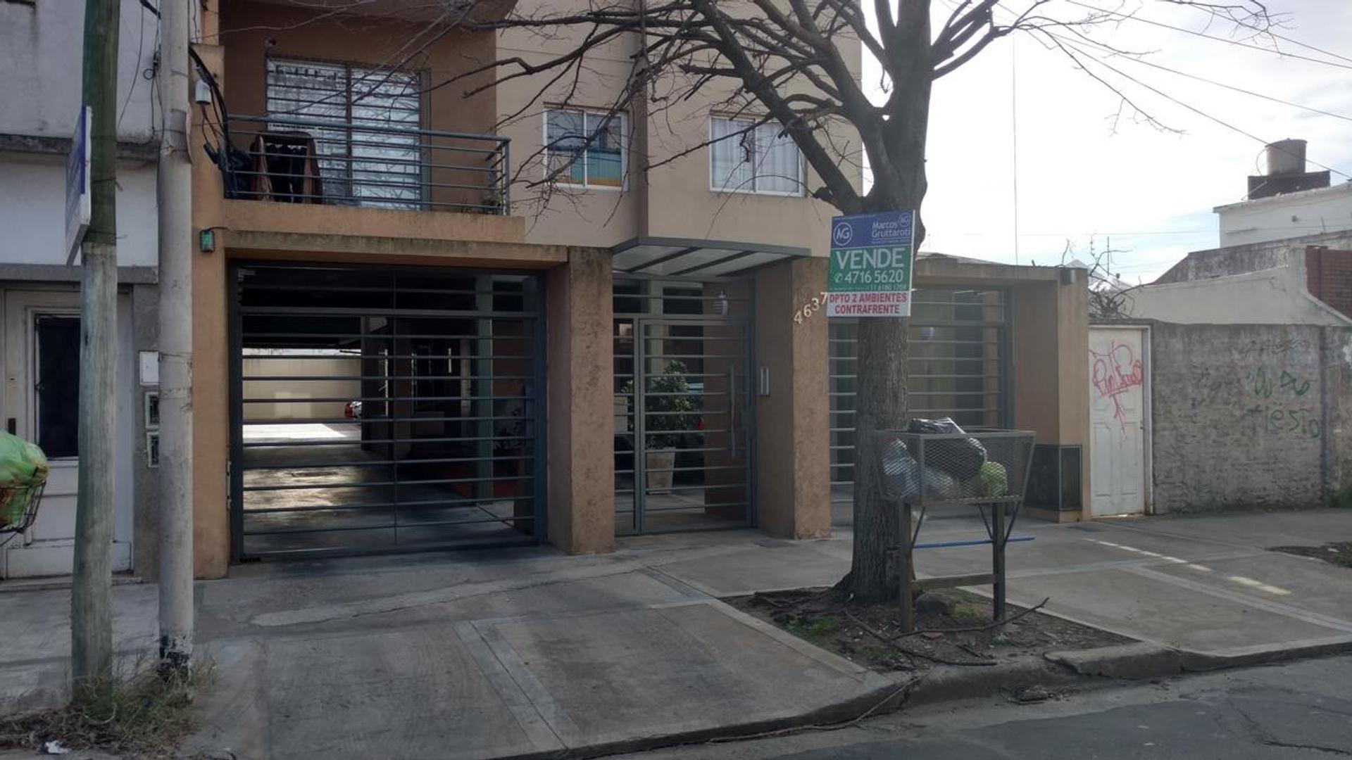 Departamento en Alquiler en Caseros - 2 ambientes