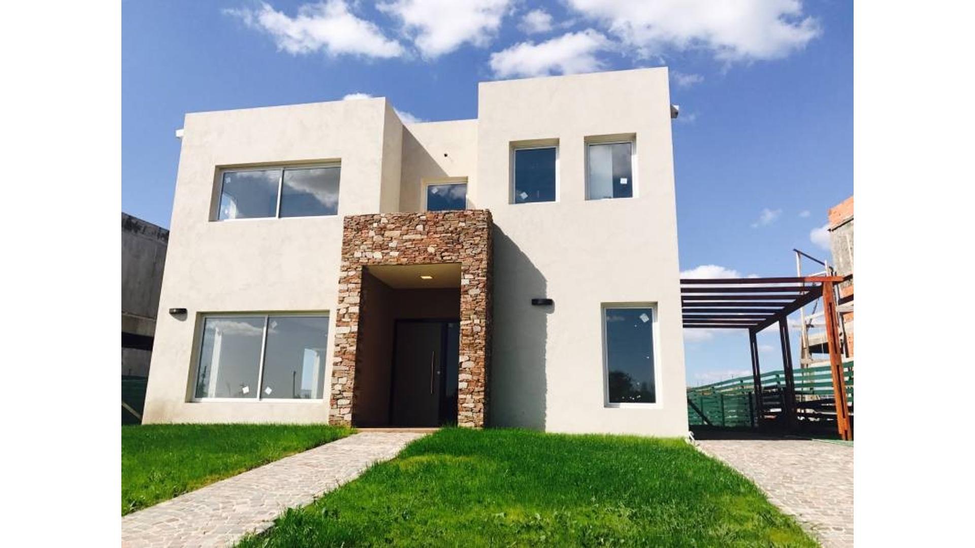 NORDELTA | CASA A LA VENTA: Excelente casa para la familia tipo!