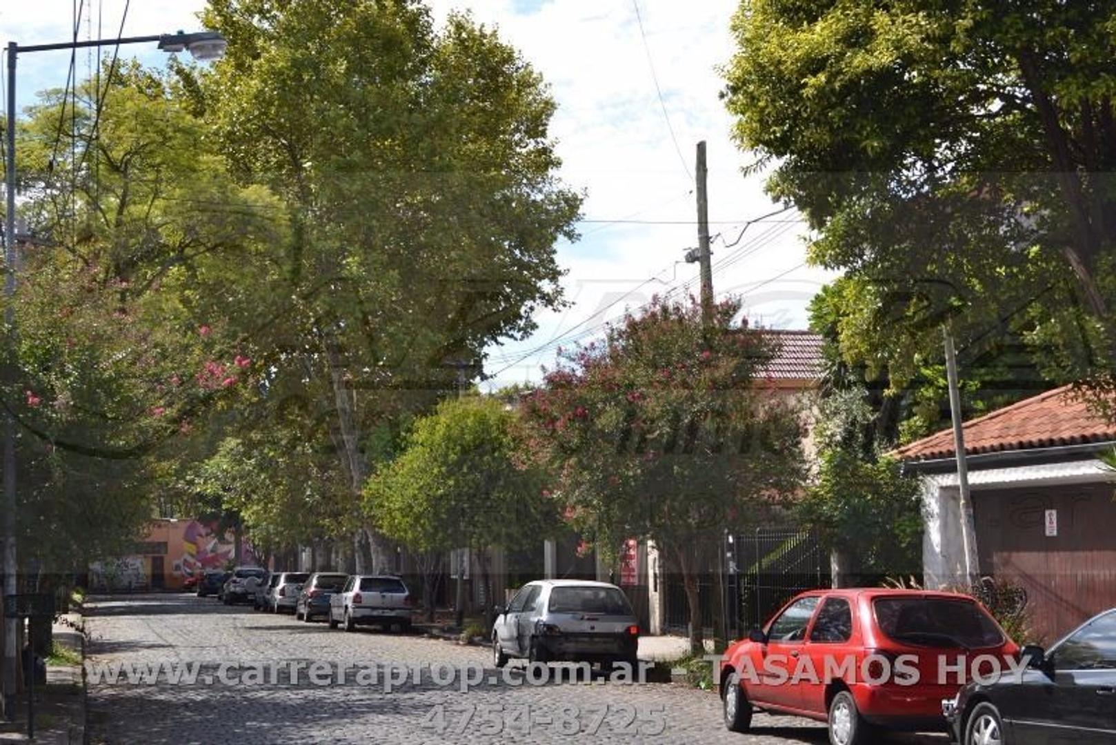 APTO CREDITO -  CASA de estilo 3 amb en San Andres, BSAS – www.carreraprop.com.ar  - tasamos HOY