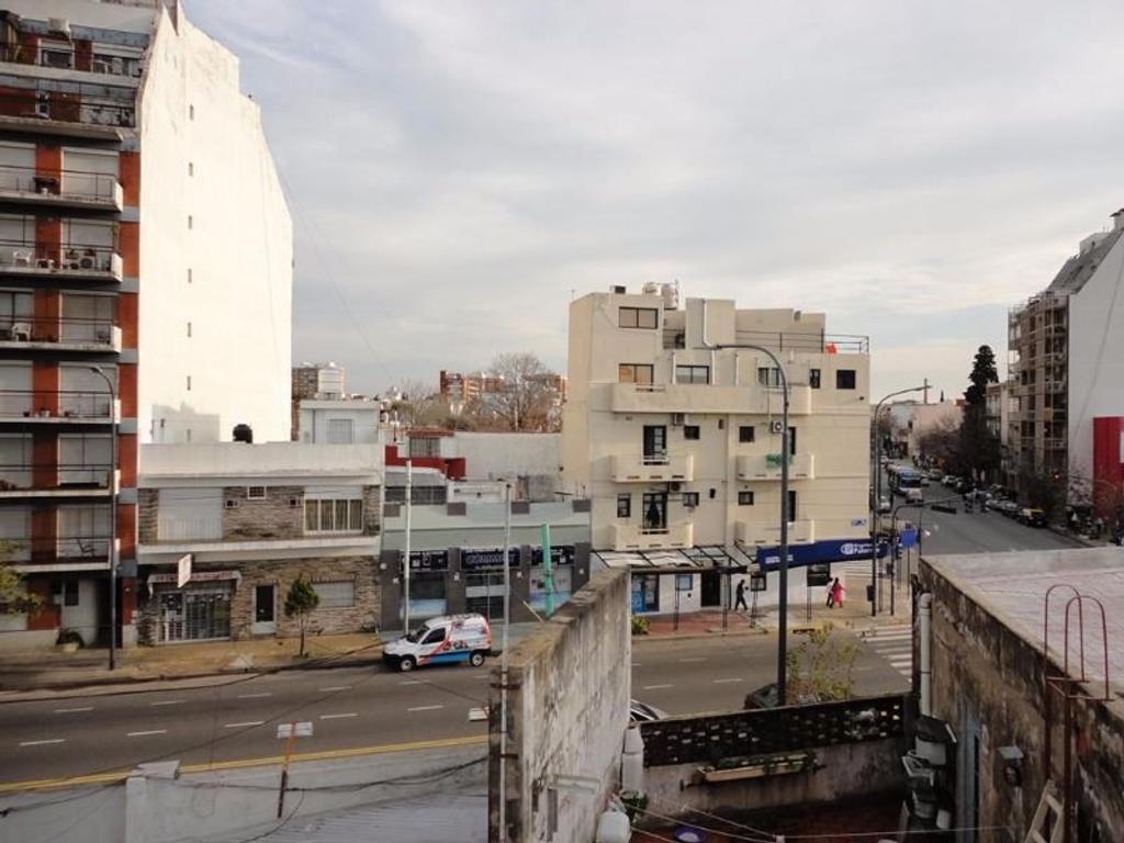 Casa en venta en av congreso 3200 coghlan argenprop for Casa de azulejos en capital federal