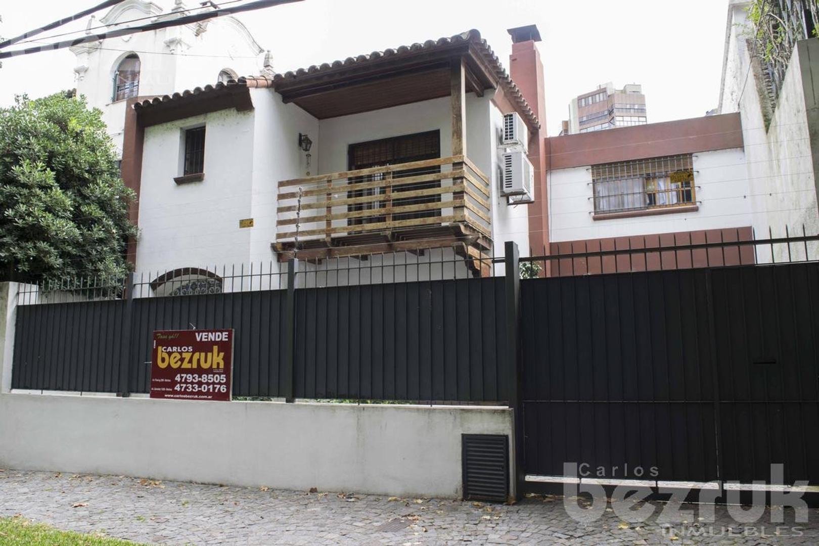 Casa en Venta en La Lucila Libertador / Rio - 4 ambientes