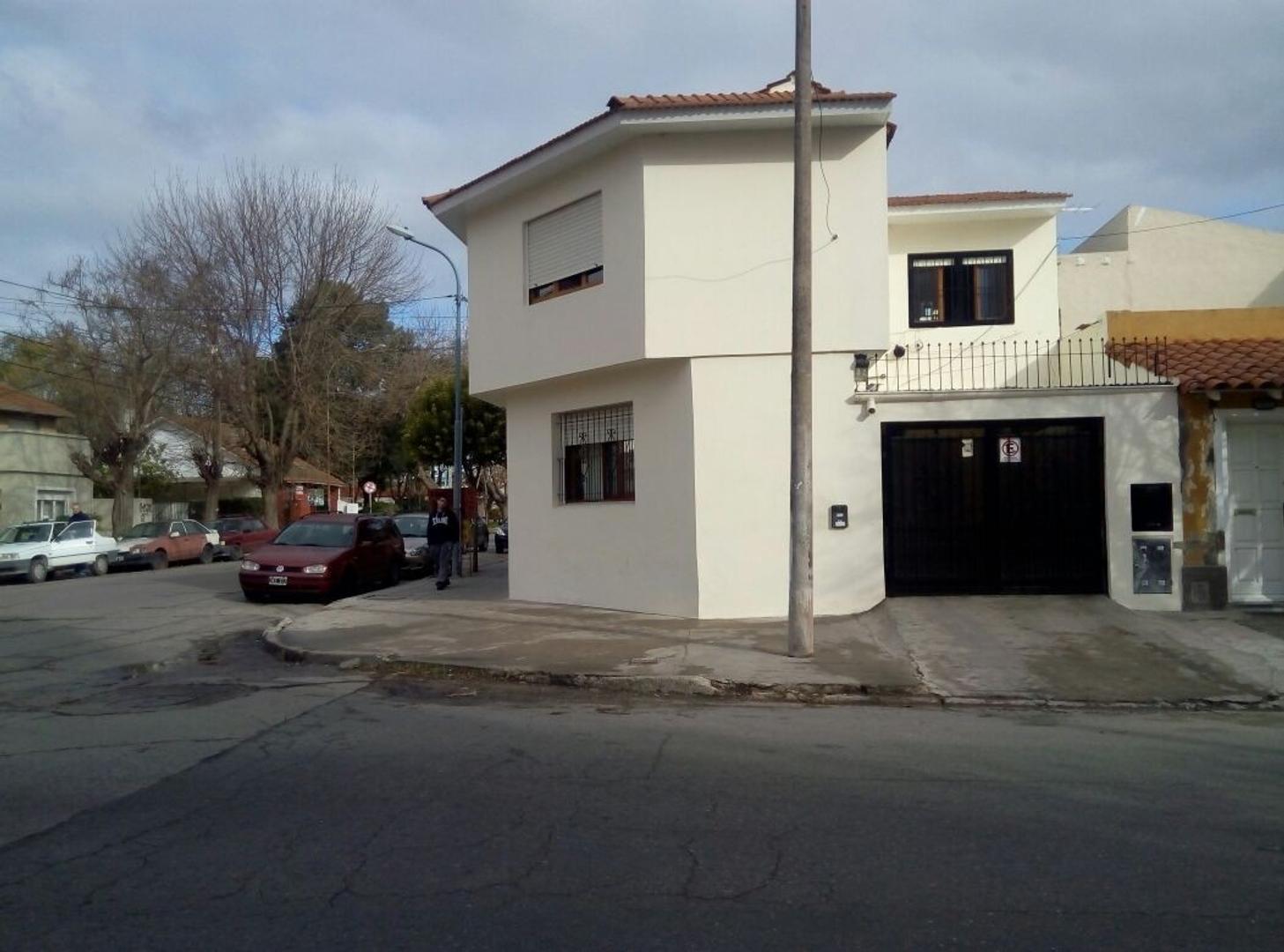Casa en Venta en San Jose - 5 ambientes