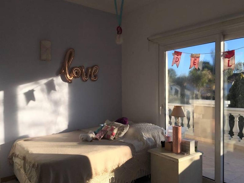 Casa en La Delfina con 3 habitaciones