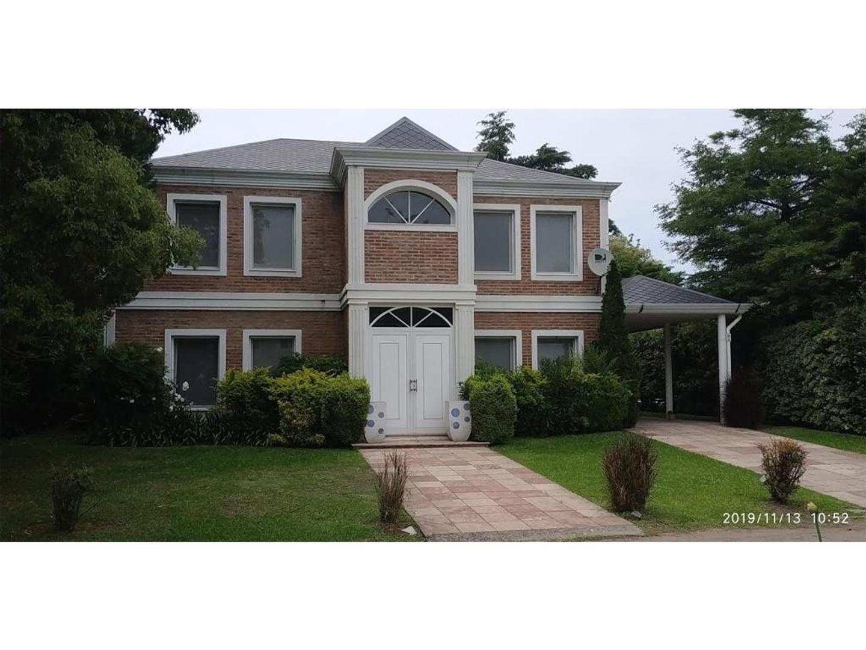 Casa en Venta - 7 ambientes - USD 449.000