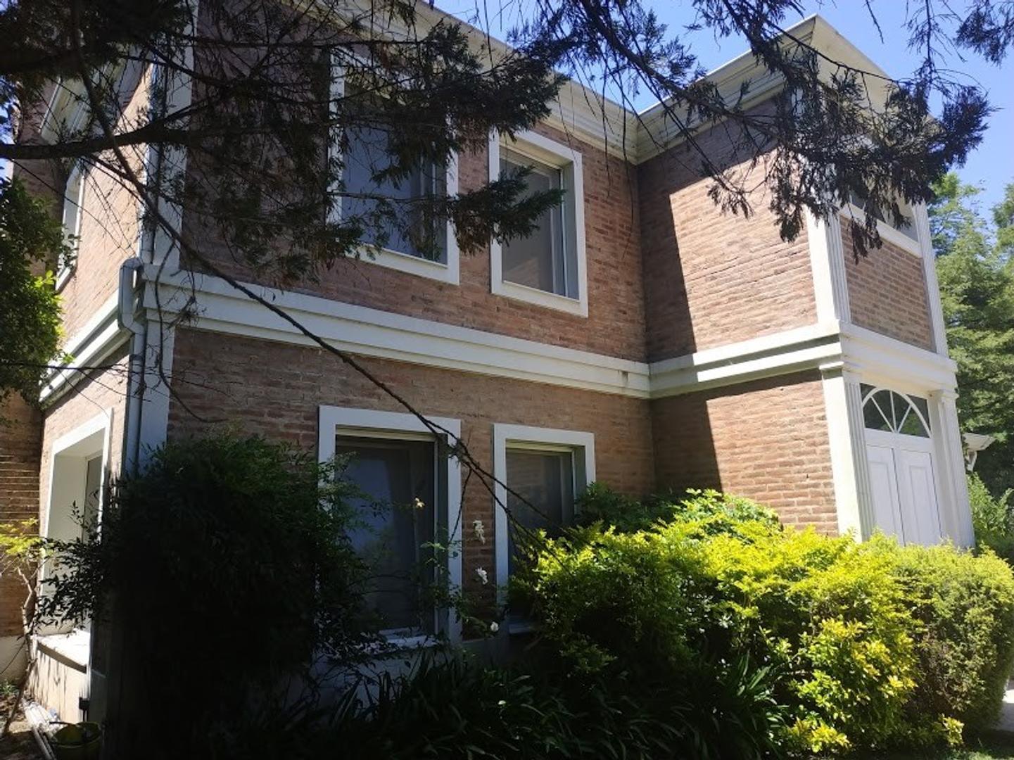 Casa - 283 m² | 3 dormitorios | 3 baños