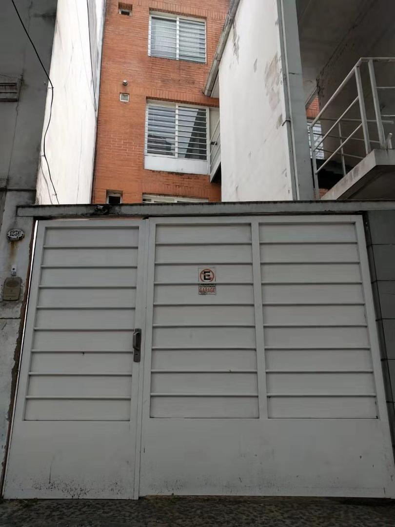 Duplex en PH luminoso SIN expensas con garage y jardin en Palermo Soho. - Foto 21