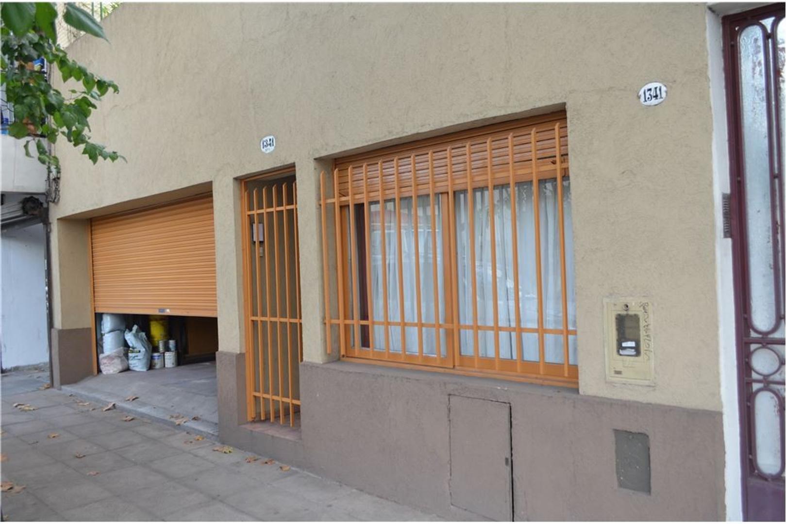 IMPECABLE PH al Frente, 180m2 + patio & terraza