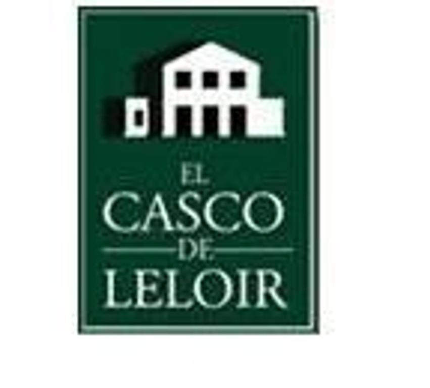 Casa en el Casco de Leloir en Venta