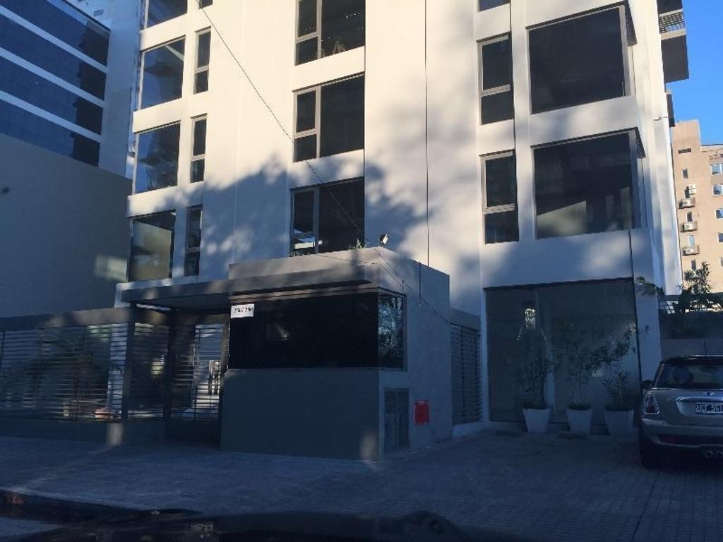 Oficina de dos pisos en Venta en Vicente Lopez de Categoría