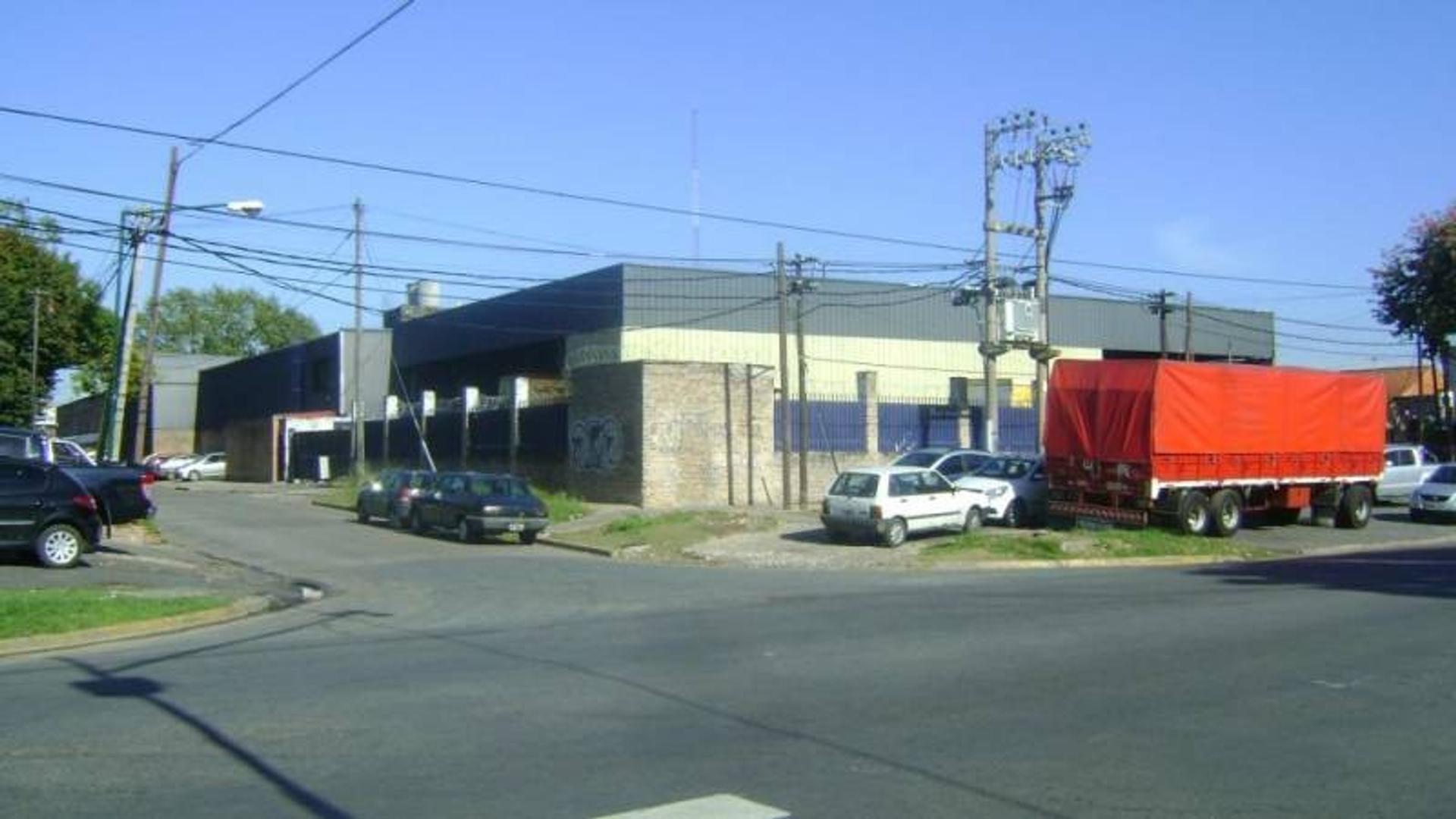 AVENIDA ROLON ANDRES 2000