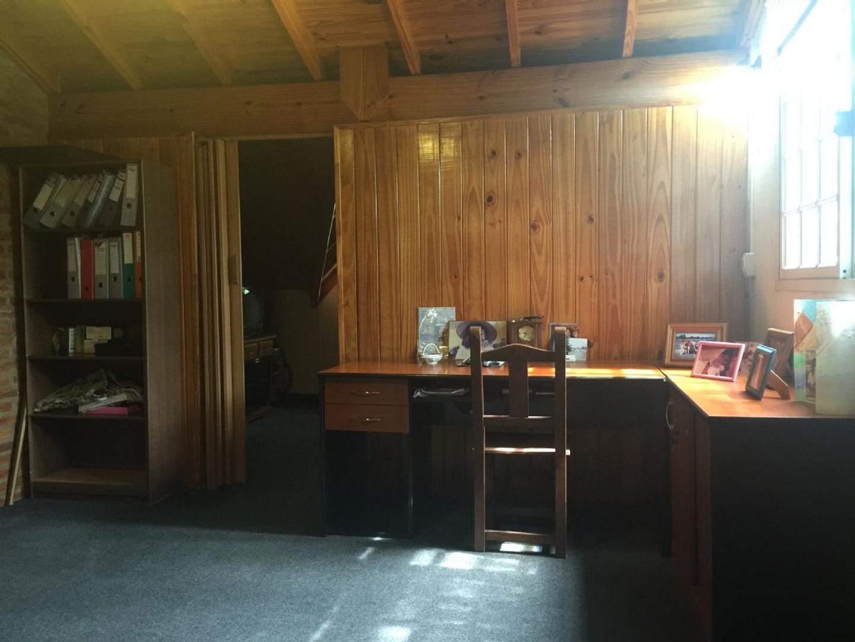 Casa  en Venta  C.C. Banco Provincia, Zona Oeste - OES1001_LP153117_2