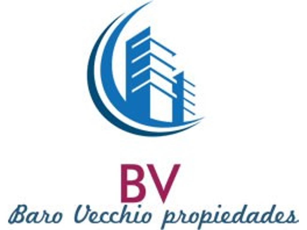 VENTA EN BLOCK COMPLEJO PRIVADO 3 DEPARTAMENTOS Y UN LOCAL