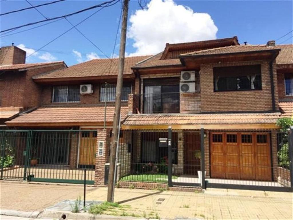 Departamento tipo casa en Venta de 4 ambientes en Buenos Aires, Pdo. de San Isidro, Martinez