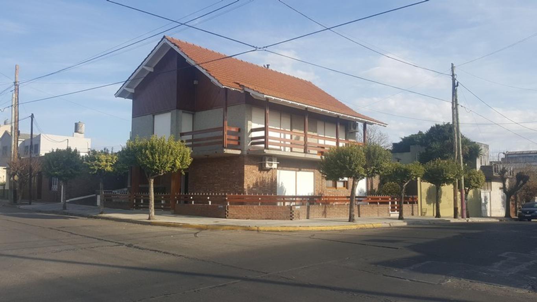 Casa - Venta - Argentina, Quilmes - SUIPACHA 294