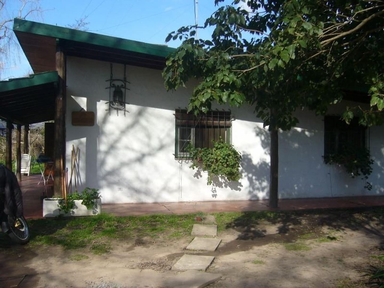 Vendo casa en Los Cardales Centro