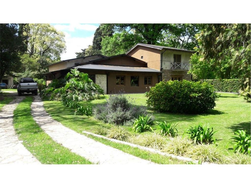 Casa Quinta en Venta - Villa de Mayo