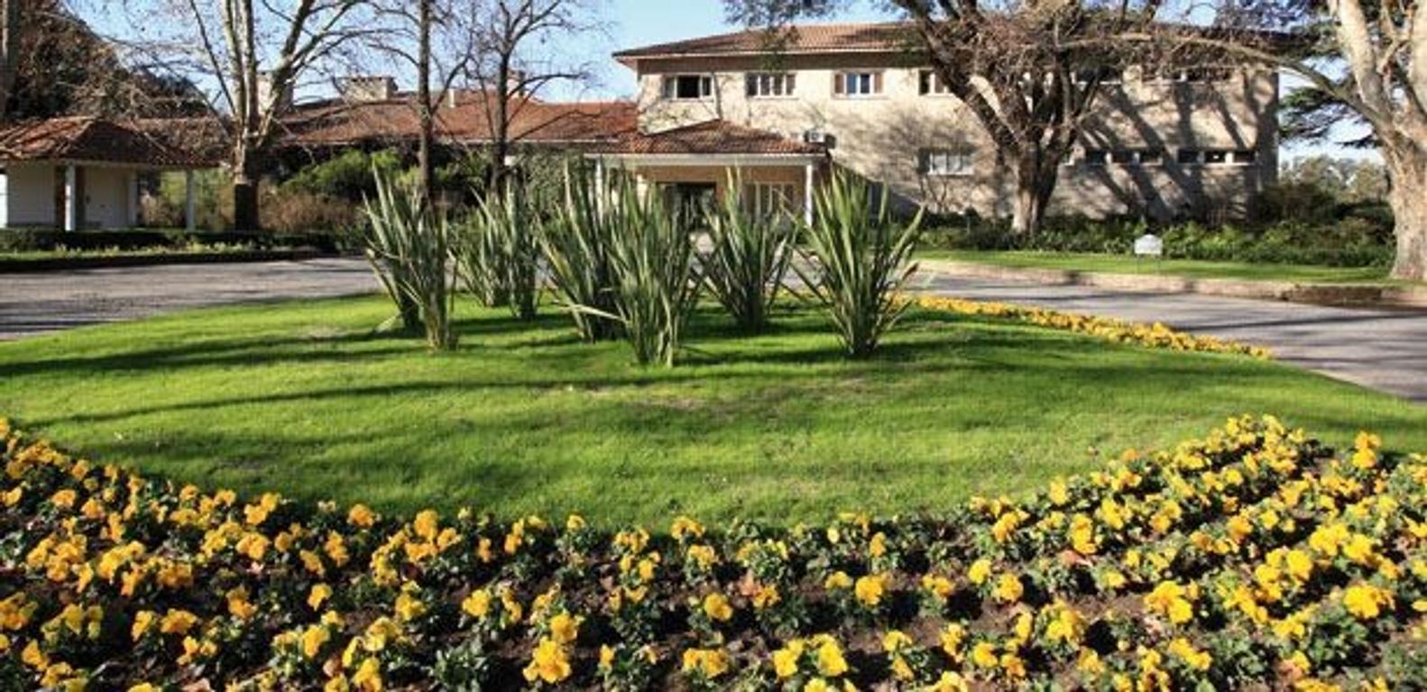 Residencia en Golf Club Olivos