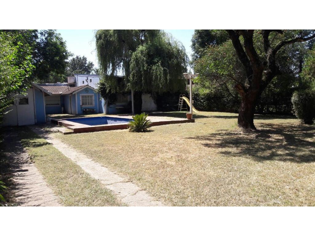 Venta de Quinta en Del Viso, con casa, galpón y pileta.