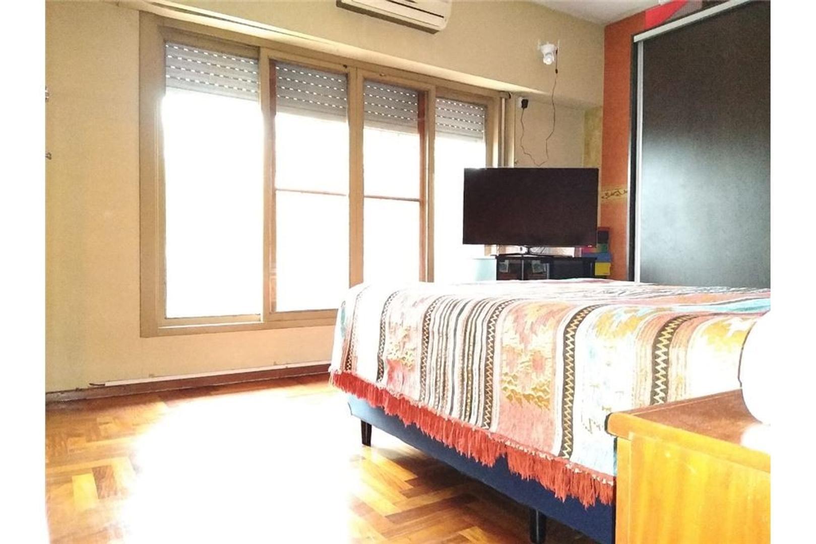 Ph - 67 m²   2 dormitorios   Con terraza