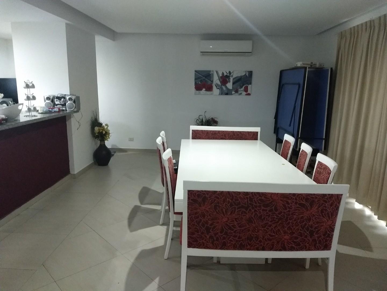 Casa - 270 m² | 4 dormitorios | 4 años