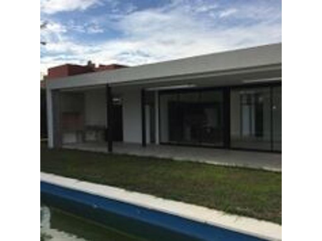 Casa 5 amb Bª Haras Santa Maria-Escobar