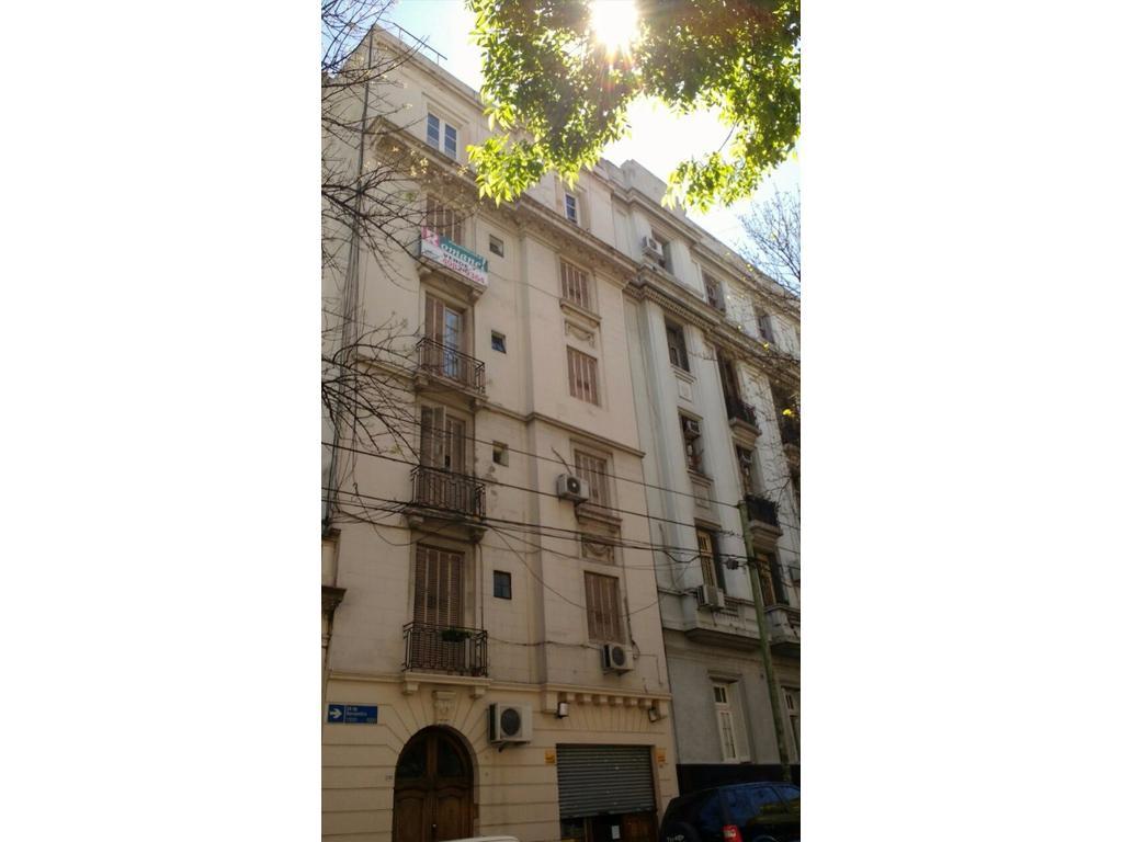 24 de Nov y S.Juan piso 3 amb  fte bcn.fces luz y sol! coc-com. Subte