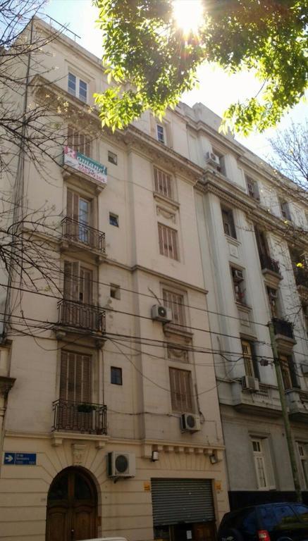 """24 de Nov y S.Juan piso 3 amb  fte bcn.fces luz y sol! coc-com. Subte """"E""""UrquizaU$S120000"""