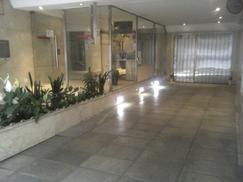 Cochera Av. Corrientes y Medrano