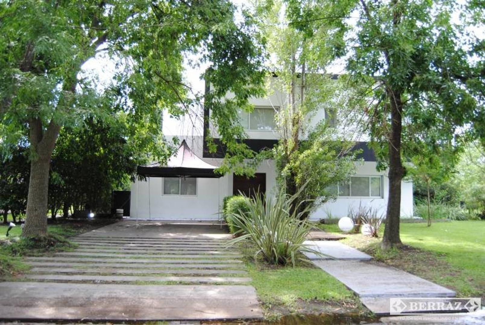 Casa en Venta en La Peregrina